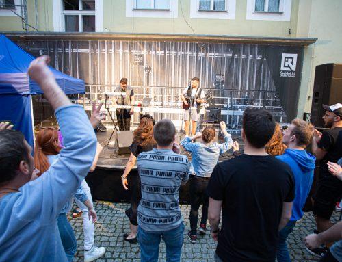 Bluefaces poderwali publiczność z leżaków [FOTO]